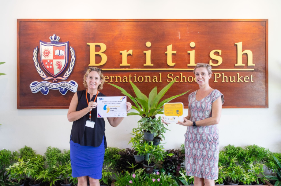 First school in Thailand awarded Communication Friendly status